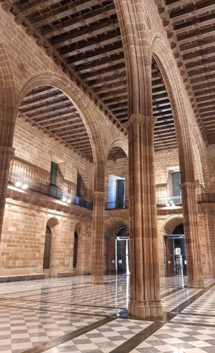 Sala de les Contractacions, a l'interior de la Llotja de Mar / Mireia Pons
